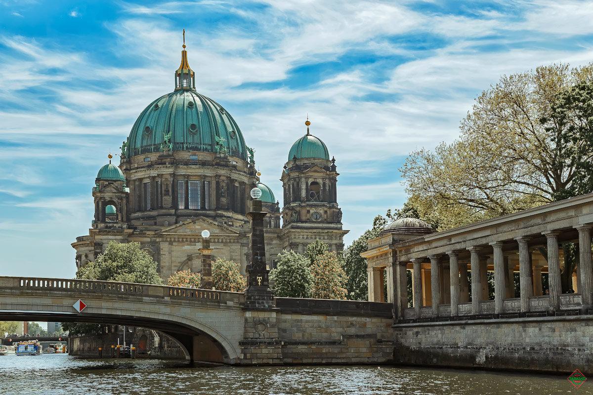 Отправить факс в Германию возле метро